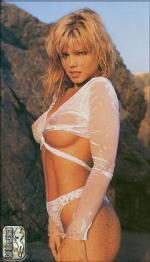 Donna nackt D'Errico 41 Sexiest