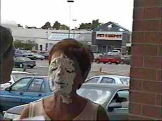 A mom gets pied