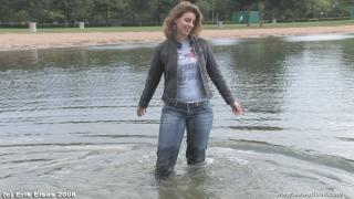 EE Wetlook, sample of Leonie taking a swim in jeanswear