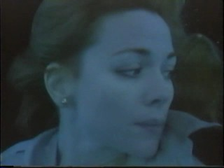 Honeymoon Academy; Kim Cattrall underwater